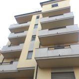 Materdomini – Via Tommaso Campanella. Affittasi appartamento con 4 vani doppi servizi. libero di arredi