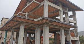 SETTINGIANO pressi centro commerciale valle del corace di martelletto. Vendesi villa singola su 4 livelli in fase di completamento di 290 mq commerciali interni + 480 mq di esterno.