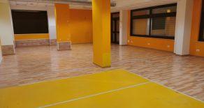 MATERDOMINI. ZONA VIA PATARI. Affittasi locale di 350 mq ideale per ufficio, locale commerciale\servizi, palestra