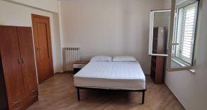 CATANZARO-VIA BUCCARELLI. Vendesi appartamento di 120 mq o Affittasi CAMERE SINGOLE  PER STUDENTESSE ,IN APPARTAMENTO RISTRUTTURATO