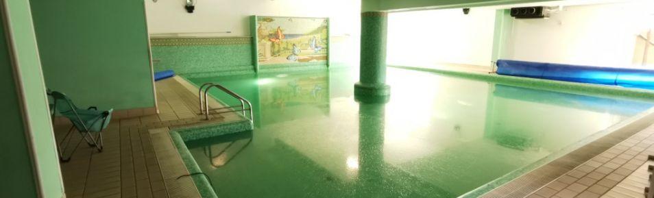 CATANZARO – QUARTIERE MATERDOMINI. Affittasi 2 locali commerciali al piano terra fronte strada con vetrine di 300 mq oppure 800 mq