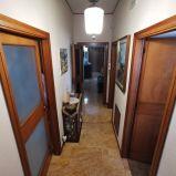 CATANZARO CENTRO – PIAZZA SERRAVALLE. Affittasi appartamento di circa 85 mq arredato incluso spese condominiali