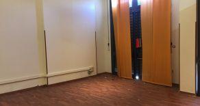VIALE DEI NORMANNI DIETRO FERMATA INTERMEDIA FUNICOLARE – Vendesi locali uso ufficio A/10 di circa 400 mq al piano terra.