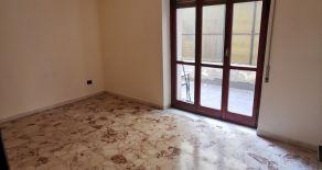 CATANZARO CENTRO – VIA PIO X, pressi di via mario greco e ospedale pugliese, Vendesi appartamento di 130 mq con ampi terrazzi.