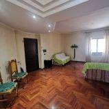 VIA DE FILIPPIS – Affittasi in stabile con ascensore, attico arredato.