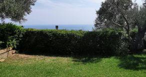 Santa Maria del Mare Stalettì – Affittasi villetta con giardino vista mare per fitto Estivo.