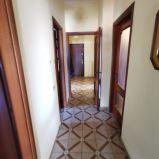 MATERDOMINI – VIA CAMPANELLA. Affittasi in stabile signorile con ascensore appartamento arredato di circa 120 mq