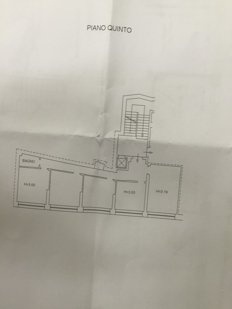 Catanzaro centro corso mazzini affittasi 2 ampi for Affitti uso ufficio